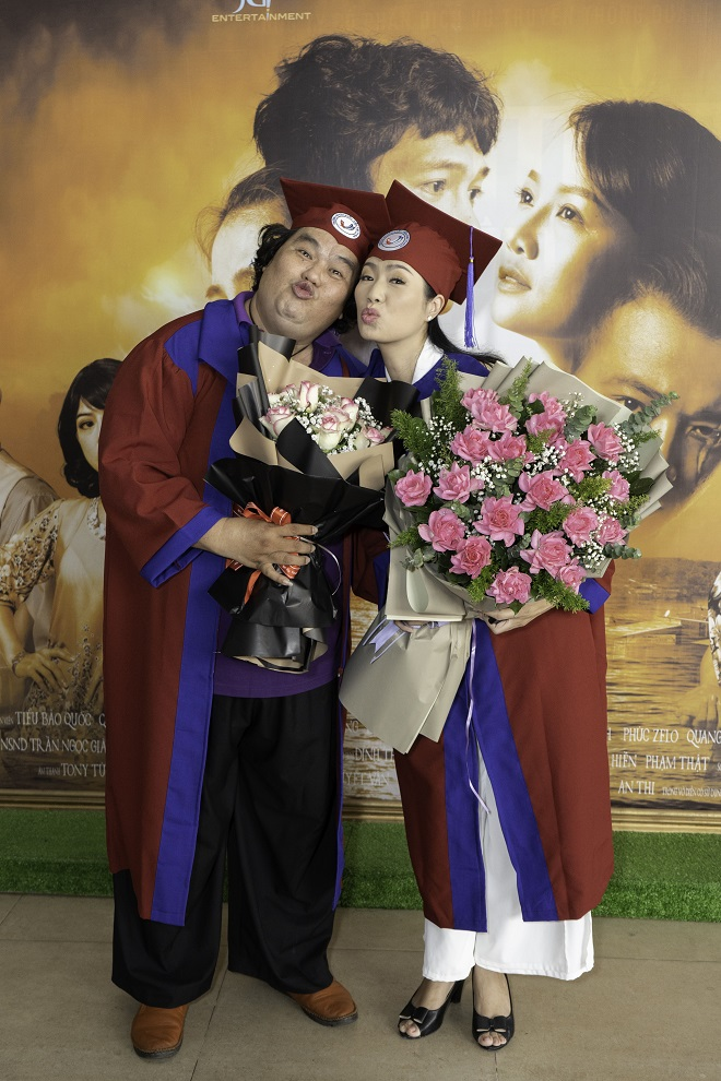 Tuổi 50, Hoàng Mập mới nhận bằng tốt nghiệp Đạo diễn, Việt Hương đòi làm điều khó tin - Ảnh 8.