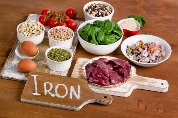Ăn nhiều hay ít quá đều không nên: Những dấu hiệu kêu cứu khi cơ thể bạn bị thiếu chất - Ảnh 4.