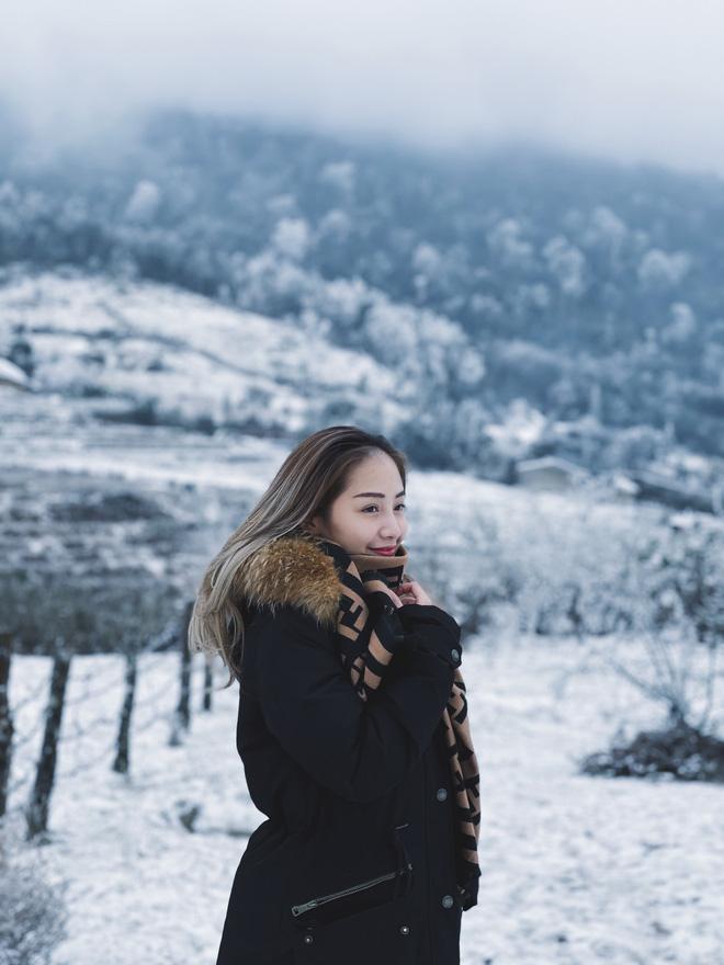 Hội trai xinh gái đẹp tung ảnh check in tuyết ở Y Tý, Sa Pa đẹp hú hồn, không ngờ Việt Nam mình cũng có những nơi thế này! - Ảnh 3.