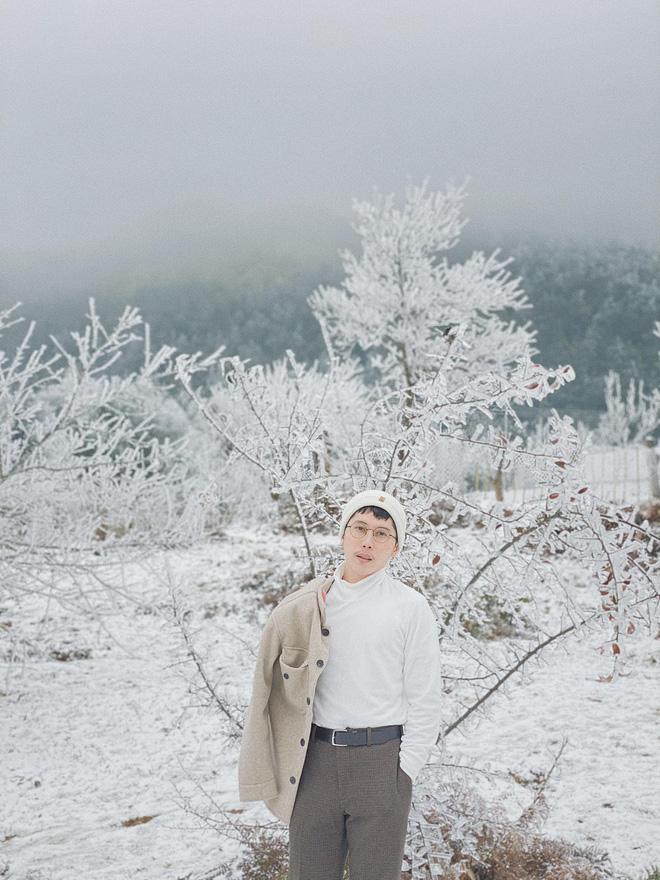 Hội trai xinh gái đẹp tung ảnh check in tuyết ở Y Tý, Sa Pa đẹp hú hồn, không ngờ Việt Nam mình cũng có những nơi thế này! - Ảnh 13.