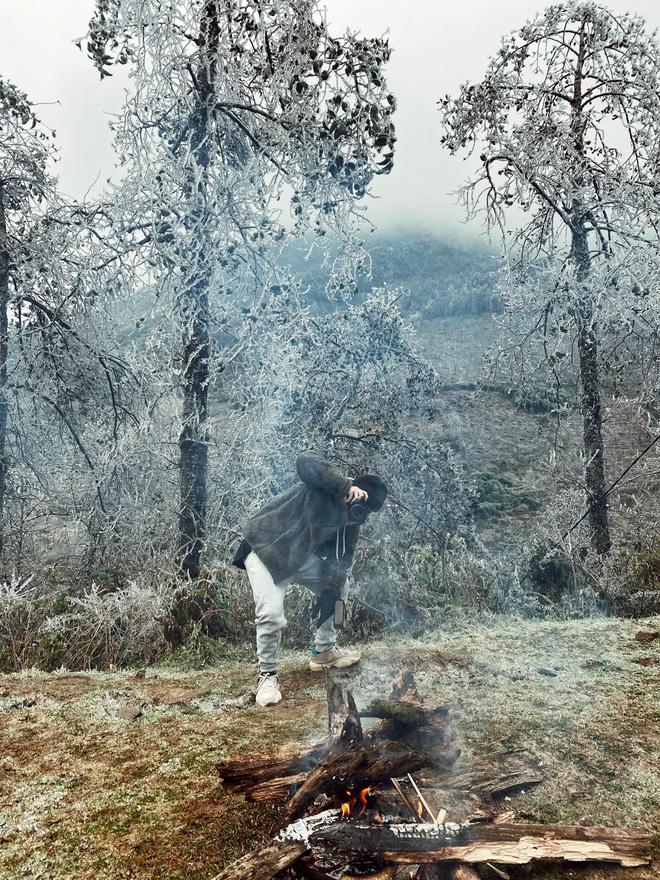 Hội trai xinh gái đẹp tung ảnh check in tuyết ở Y Tý, Sa Pa đẹp hú hồn, không ngờ Việt Nam mình cũng có những nơi thế này! - Ảnh 8.