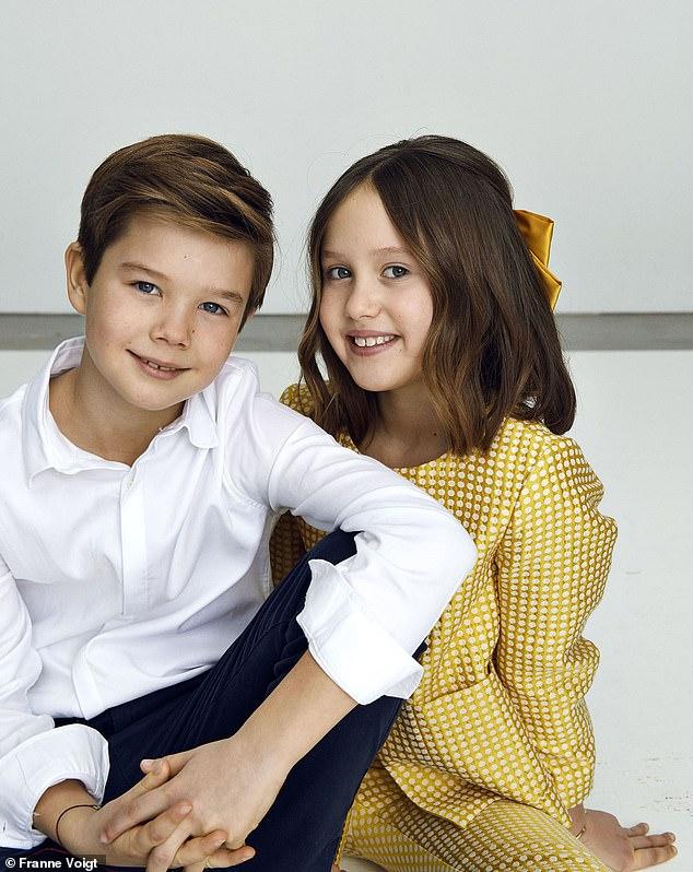 Cặp song sinh Hoàng gia Đan Mạch gây sốt MXH với màn lột xác ở tuổi lên 10, độ hot không thua kém Hoàng tử Công chúa nước Anh - Ảnh 3.