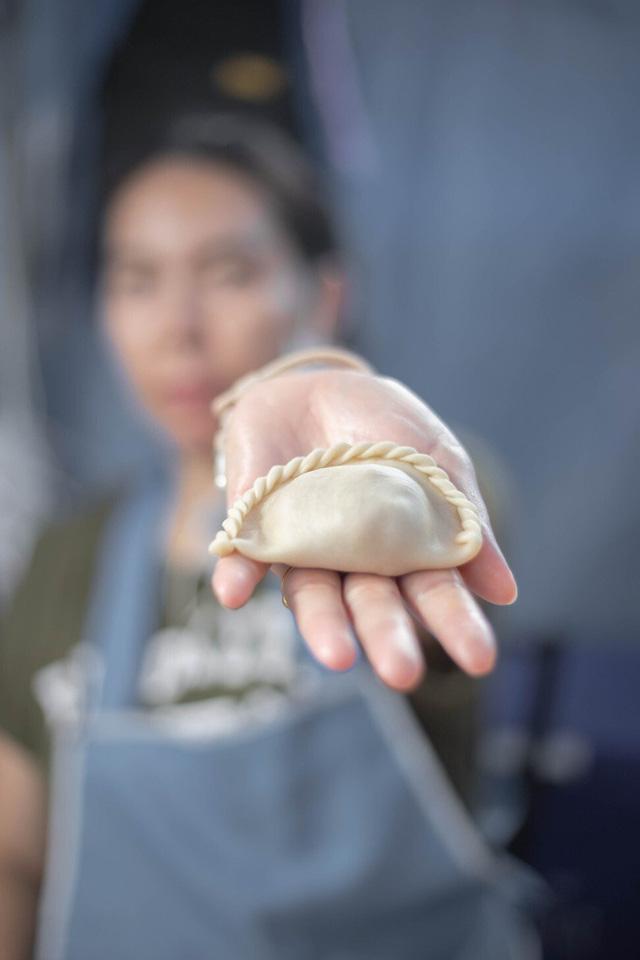 Sự pha trộn giữa văn hóa và ẩm thực: Món ăn trứ danh Việt Nam bất ngờ vì nguồn gốc thực sự? - Ảnh 3.