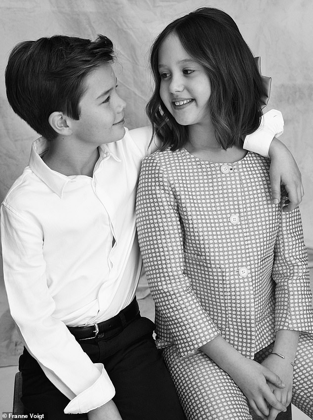 Cặp song sinh Hoàng gia Đan Mạch gây sốt MXH với màn lột xác ở tuổi lên 10, độ hot không thua kém Hoàng tử Công chúa nước Anh - Ảnh 10.