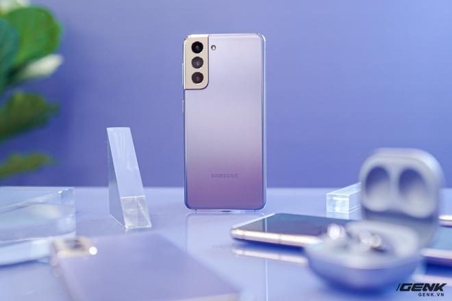 Trên tay Galaxy S21 và S21 Ultra vừa ra mắt: làm chủ cuộc chơi với thiết kế đổi mới, camera nhiều nâng cấp về phần cứng lẫn phần mềm - Ảnh 1.