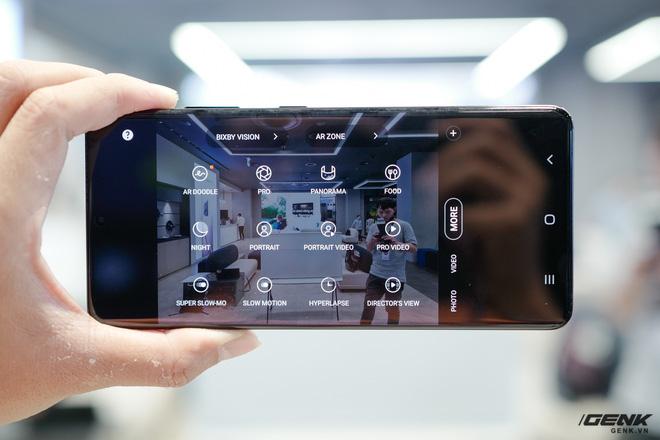 Trên tay Galaxy S21 và S21 Ultra vừa ra mắt: làm chủ cuộc chơi với thiết kế đổi mới, camera nhiều nâng cấp về phần cứng lẫn phần mềm - Ảnh 7.