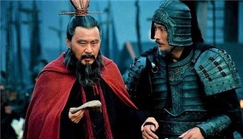 Thân là Thừa tướng nhà Hán, tại sao Tào Tháo vẫn bất chấp hiểm nguy để tự mình mang quân ra trận? - Ảnh 4.