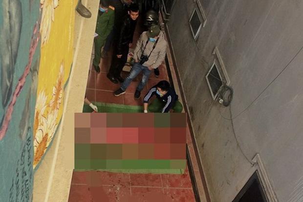 Hé lộ nguyên nhân hot Tiktoker tử vong khi trèo lên mái nhà để quay video ở Sa Pa - Ảnh 1.