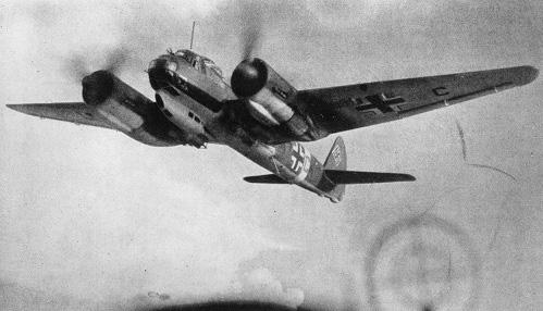 Trận đánh tiểu Trân Châu Cảng của Đức vào phe Đồng minh khủng khiếp ra sao? - Ảnh 3.