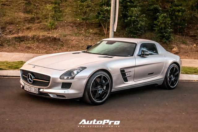 Doanh nhân Đặng Lê Nguyên Vũ trưng dàn xe hơn 100 tỷ đồng: Bộ sưu tập Porsche 911 và Mercedes SLS AMG khiến dân chơi xe phải kính nể - Ảnh 8.