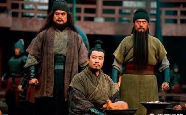 Sau khi Gia Cát Lượng qua đời, nhờ đâu mà Thục Hán vẫn duy trì được thêm 30 năm nữa? - Ảnh 2.