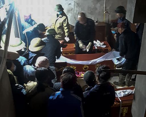 Vụ nghi cha sát hại 2 con rồi tự tử ở Phú Thọ: Chồng cắt tóc vợ vì đi cả đêm không về - Ảnh 1.