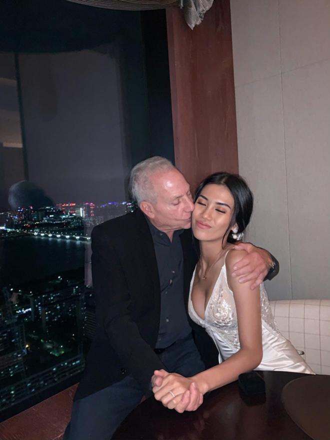 Chân dài Việt 26 tuổi chuẩn bị lấy chồng tỷ phú 72 tuổi khét tiếng ở Mỹ là ai? - Ảnh 4.