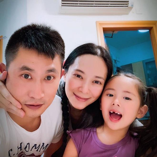 Hoa hậu Hong Kong mất sự nghiệp vì tai tiếng giật chồng, bỏ thai ra sao ở tuổi U50? - Ảnh 7.