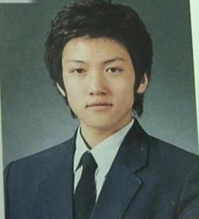 Ji Chang Wook thời đi học:  Bảng điểm đỉnh của chóp, bị mẹ ngăn cản thi diễn viên, lên đại học lại bê bết chỉ vì 1 lý do - Ảnh 2.