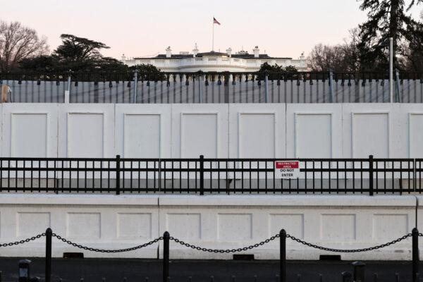 Washington được quân sự hóa cao độ trước lễ nhậm chức của Biden - ảnh 2