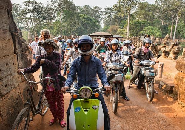 Hình ảnh lúc tắc đường vào giờ cao điểm ở các quốc gia trên thế giới: Đúng là mỗi nước mỗi khác, giao thông Việt Nam chưa hẳn tệ nhất - Ảnh 6.