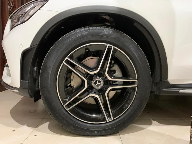 Người dùng phản ánh Mercedes-Benz GLC 300 cắt trang bị an toàn nhưng giá vẫn tăng 100 triệu đồng - Ảnh 3.