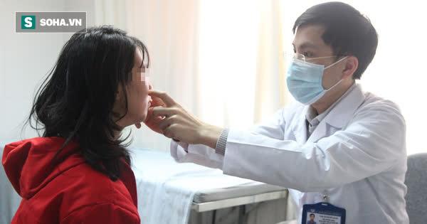 Tạo tai Phật thay đổi vận mệnh, nhiều doanh nhân phải cầu cứu bác sĩ vì gặp gặp biến chứng nát tai - Ảnh 1.