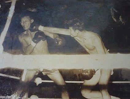 Dụng Phượng dực bạt phong, võ sĩ Việt hạ đo ván môn đồ Lý Tiểu Long bằng đòn chỏ xé gió - Ảnh 1.