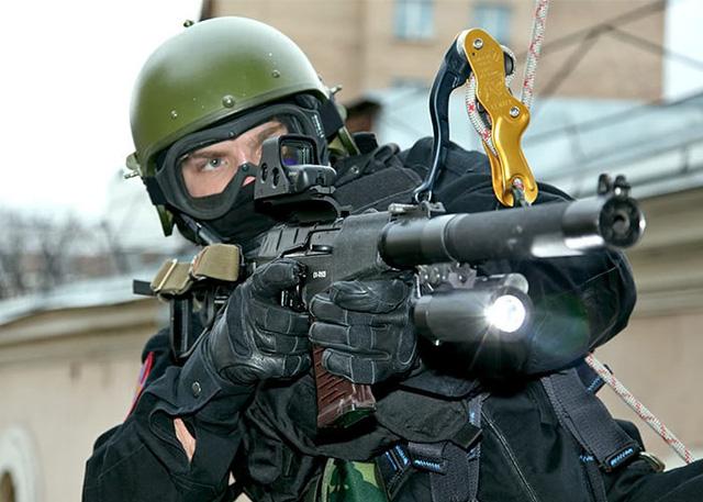 Vì sao đạn xuyên giáp của đặc nhiệm Nga lại khiến phương Tây hốt hoảng? - Ảnh 4.