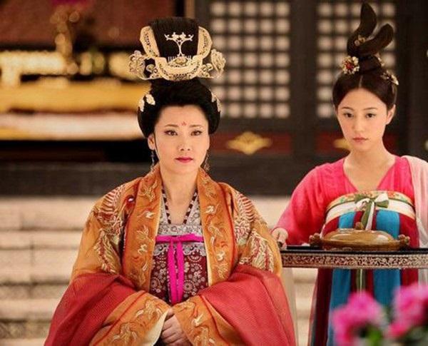 Vị Hoàng hậu đam mê quyền lực, nuôi mộng thành Võ Tắc Thiên thứ hai và lời tiên tri đúng đến rợn người - Ảnh 2.