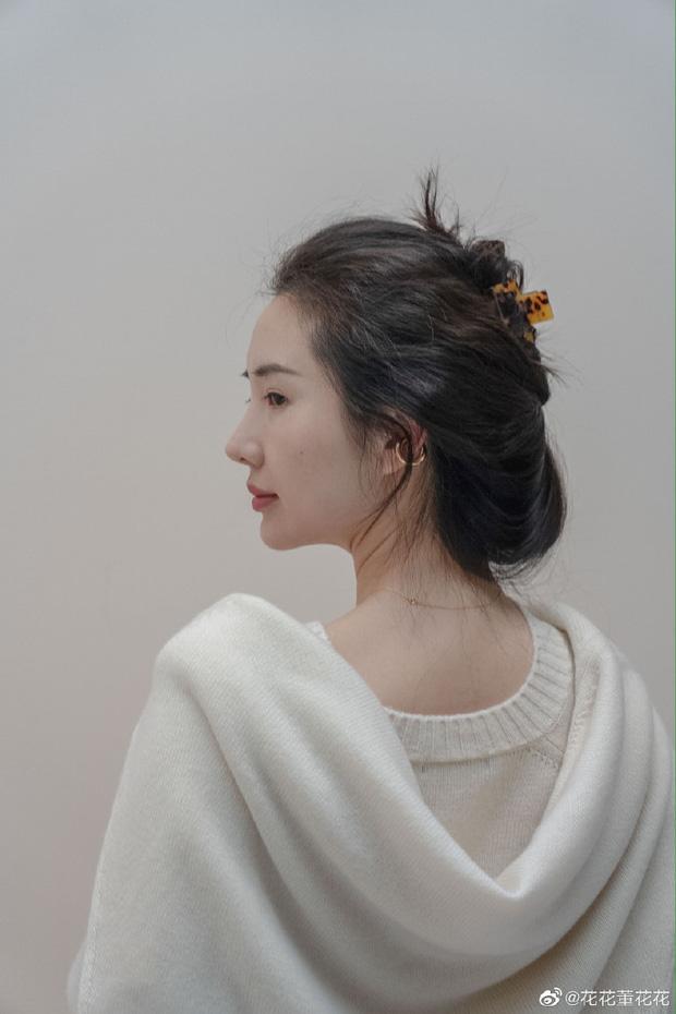 Sau 8 tháng đăng đàn bóc phốt chồng ngoại tình, vợ chủ tịch Taobao thăng hạng nhan sắc, vứt bỏ hình tượng bà nội trợ để làm doanh nhân - Ảnh 3.