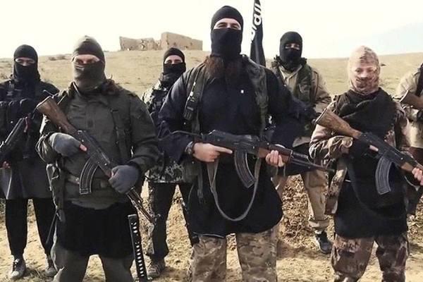 Tình hình Syria: Thổ Nhĩ Kỳ vẫn tấn công bất chấp Nga điều thêm quân - Ảnh 1.