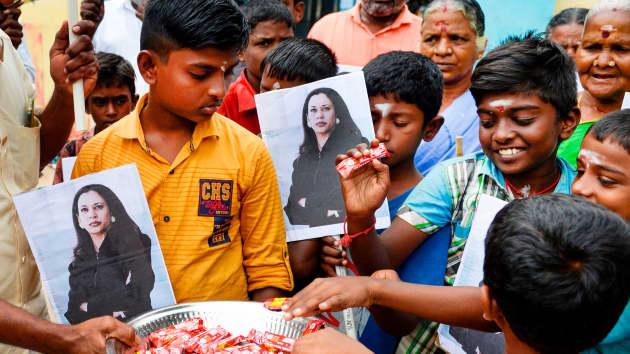 Ngôi làng tí hon ở Ấn Độ vui như Tết khi bà Kamala Harris tuyên thệ nhậm chức Phó Tổng thống Mỹ - Ảnh 11.