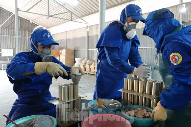 Khám phá nhà máy sản xuất pháo hoa duy nhất được cấp phép tại Việt Nam - Ảnh 5.