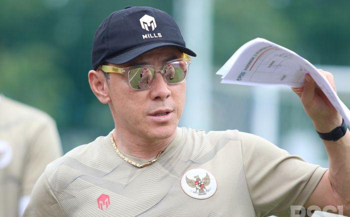 """Địch thủ của HLV Park Hang-seo """"méo mặt"""" vì phán quyết quan trọng từ LĐBĐ Indonesia"""