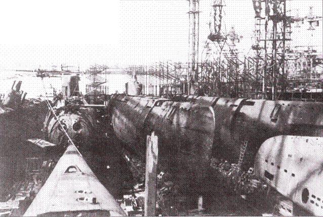 Chiếc tàu ngầm bí ẩn vớt lên từ vịnh Phần Lan mở đường cho cơn ác mộng đến với Mỹ-NATO? - Ảnh 1.
