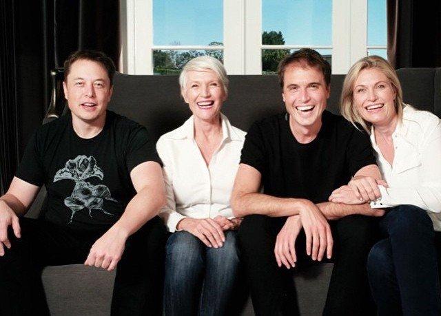 Trở thành tỷ phú công nghệ giàu nhất thế giới, Elon Musk có người mẹ nổi tiếng và vĩ đại thế nào? - Ảnh 8.