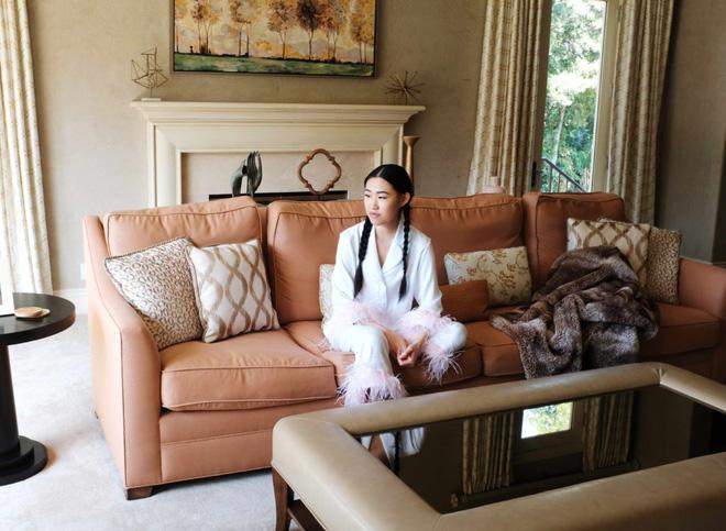 Phú nhị đại xuất hiện trong TV show về giới siêu giàu: Con gái tỷ phú công nghệ, cuộc sống hào nhoáng nhưng bị ám ảnh bởi những con ngựa - Ảnh 4.