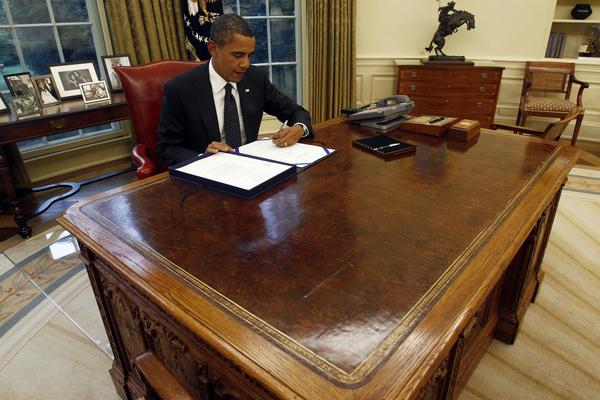 TT Biden bỏ nút gọi nước ngọt trên bàn làm việc của ông Trump - ảnh 4