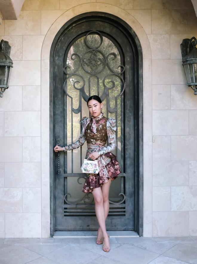 Phú nhị đại xuất hiện trong TV show về giới siêu giàu: Con gái tỷ phú công nghệ, cuộc sống hào nhoáng nhưng bị ám ảnh bởi những con ngựa - Ảnh 6.