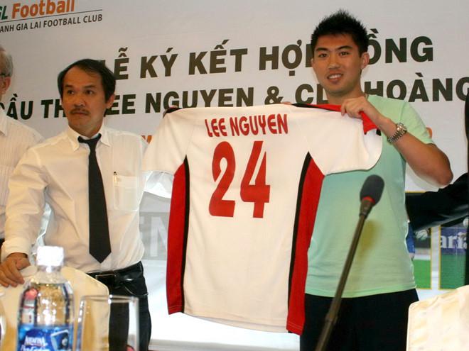12 năm sau hat-trick tặng bầu Đức, Lee Nguyễn có còn nắm trong tay phép màu? - Ảnh 1.