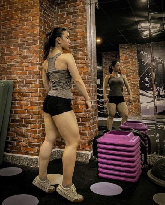 Sự thật bất ngờ đằng sau thân hình cơ bắp cuồn cuộn của cô gái Cà Mau - ảnh 1