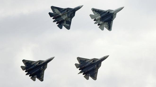 Quyền lực tối thượng của TT Putin đã lên tiếng: Không quân Nga gầm rú tiến vào tương lai! - Ảnh 2.