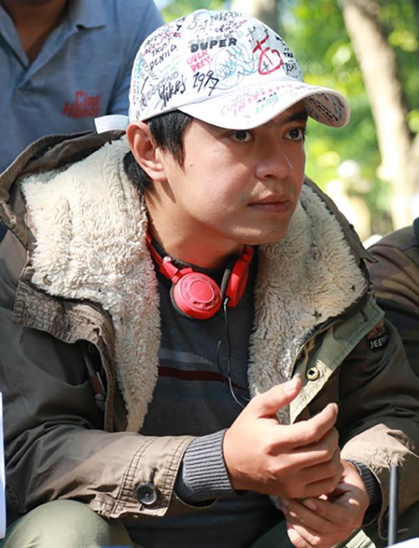 Con trai Giang Còi: Ba tôi vẫn tự lái xe đi event, quay vlog như thường - Ảnh 3.