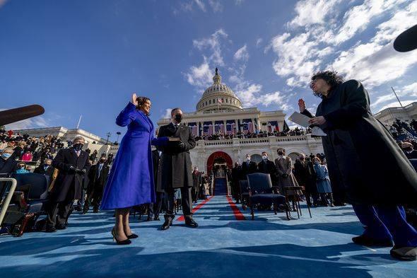Trump cố tình làm điều này khiến ông Biden phải chờ đợi bên ngoài Nhà Trắng ngày nhậm chức? - ảnh 1