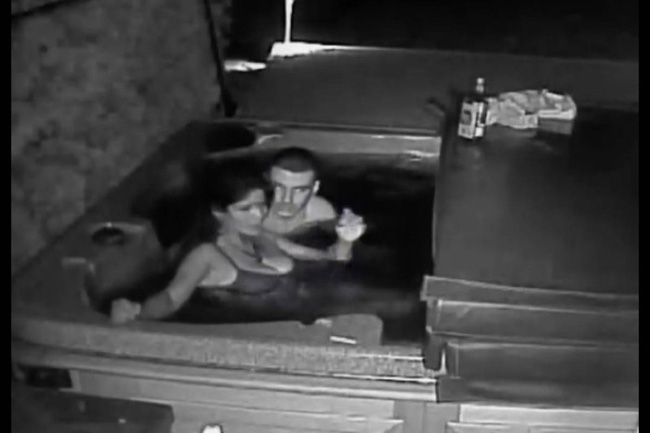 Chồng âm thầm đặt camera để theo dõi vợ khi đi vắng rồi nhận về kết quả ngoài sức tưởng tượng phải đi báo cảnh sát - Ảnh 2.