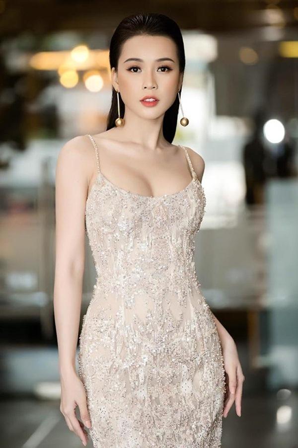 Tuổi U40, Sam nổi tiếng, xinh đẹp cỡ nào mà muốn kén chồng có 30-40 tỷ - Ảnh 11.