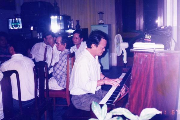 Con gái út nhạc sĩ Thanh Tùng tiết lộ tình yêu sâu đậm của bố mẹ - ảnh 3