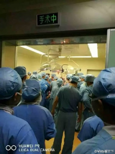 Đang chữa trị dở thì bệnh nhân biến mất, 1 năm sau bác sĩ chứng kiến chuyện kinh dị ở bệnh viện - Ảnh 3.