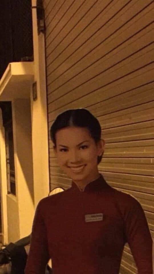 Đi làm về khuya, thanh niên thấy hình cô gái đứng bên đường mà xỉu ngang xỉu dọc vì 1 chi tiết - Ảnh 4.