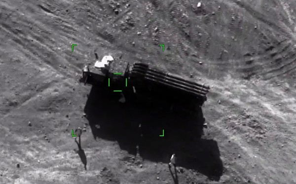 Armenia quyết gây dựng lại QĐ từ đống tro tàn Karabakh: Vũ khí Nga giúp được gì? - Ảnh 6.