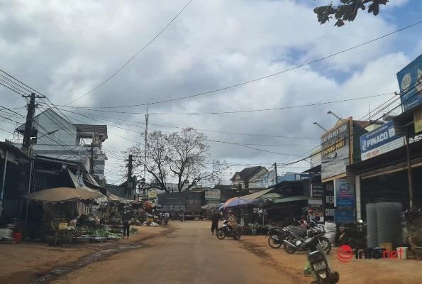 Xã giàu nhất nước, dân làng sắm 300 ô tô chạy chật đường, giờ hoang tàn ảm đạm - Ảnh 4.