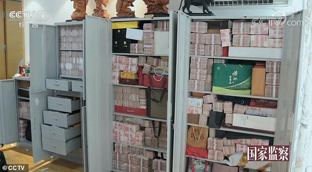 Cận cảnh nơi quan tham Trung Quốc giấu 2 tấn tiền nhận hối lộ - Ảnh 2.