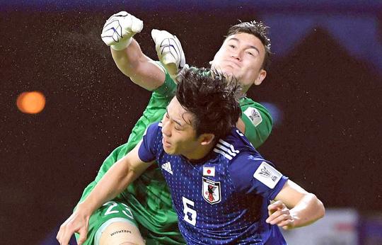 Đến CLB Nhật Bản, Văn Lâm sẽ làm siêu dự bị và cách xa AFF Cup? - Ảnh 1.
